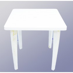 Стол пластиковый квадратный 90*90 см.